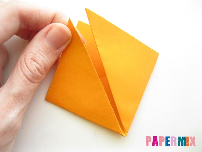 Как сделать закладку виде мордочки лисички из бумаги - шаг 5