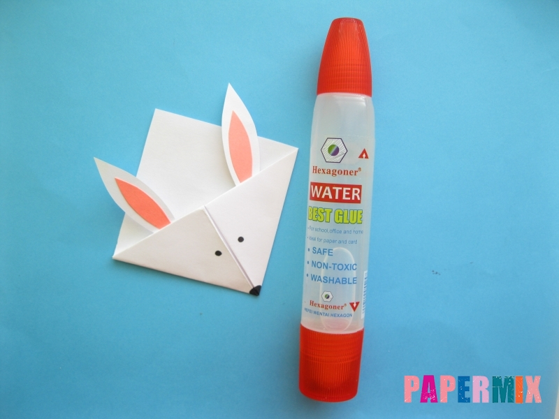 Как сделать закладку зайчик из бумаги поэтапно - шаг 14