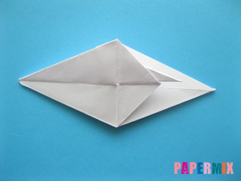Как сделать акулу из бумаги (оригами) поэтапно - шаг 14