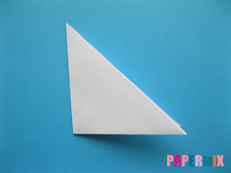 Как сделать акулу из бумаги (оригами) поэтапно - шаг 2