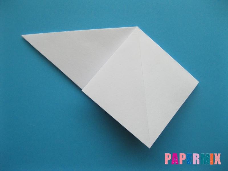 Как сделать акулу из бумаги (оригами) поэтапно - шаг 4