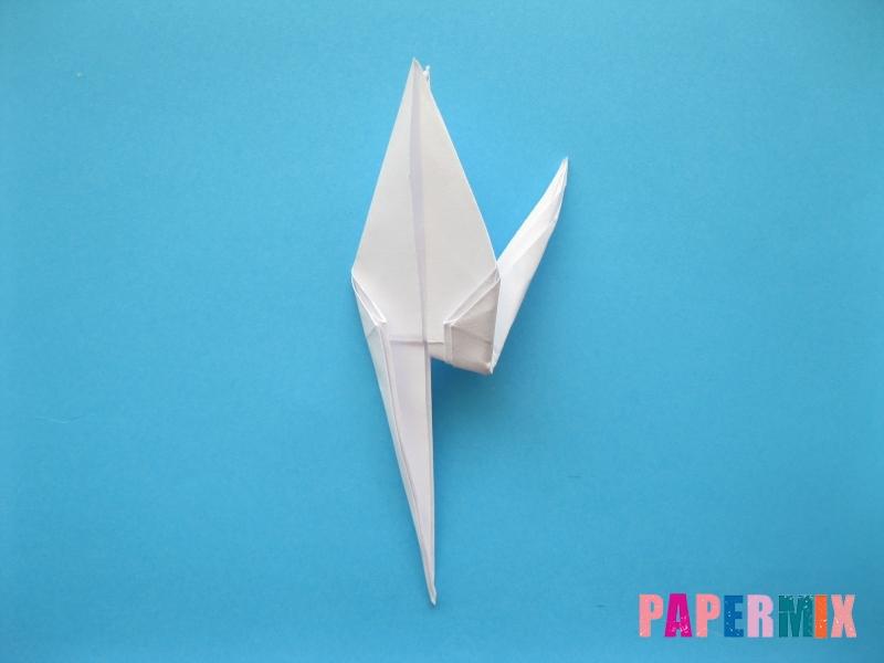 Как сделать цаплю из бумаги (оригами) поэтапно - шаг 12