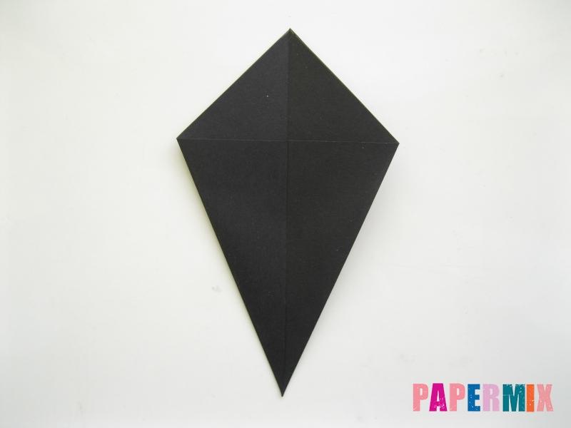 Как сделать черного кота из бумаги поэтапно - шаг 3