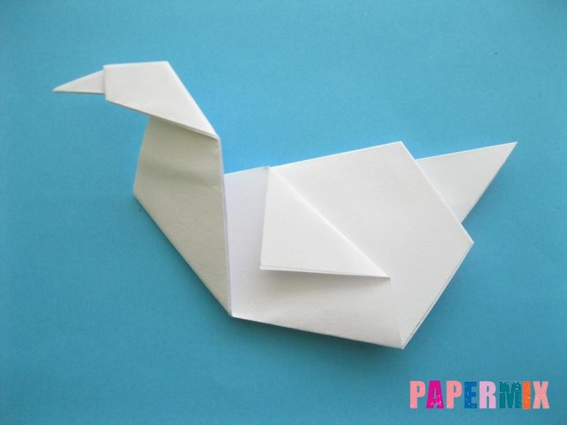 Как сделать из бумаги лебедя пошаговая инструкция - шаг 10