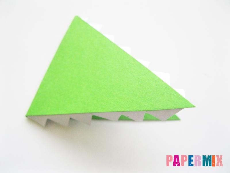 Как сделать крокодила из цветной бумаги своими руками - шаг 13