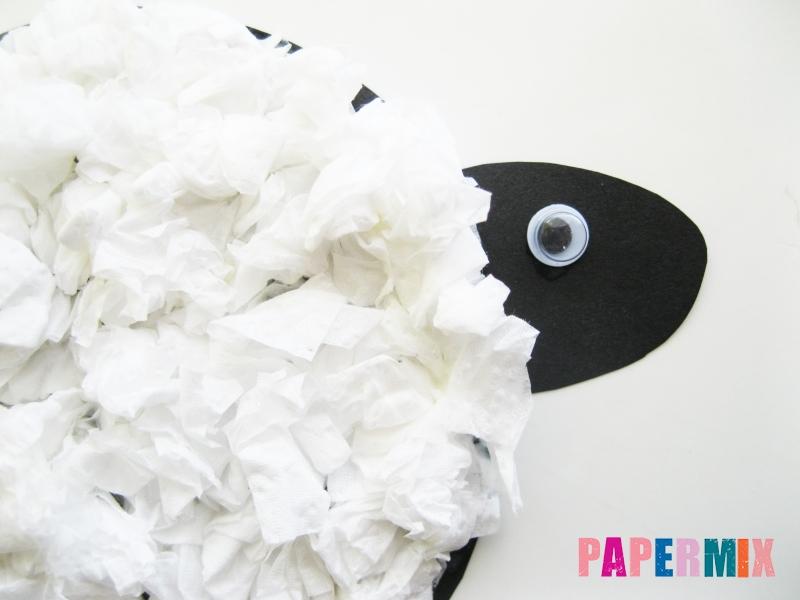 Как сделать овечку из бумаги и салфеток поэтапно - шаг 10