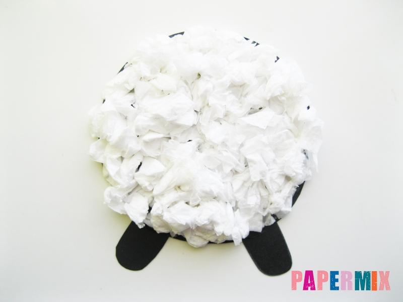 Как сделать овечку из бумаги и салфеток поэтапно - шаг 8