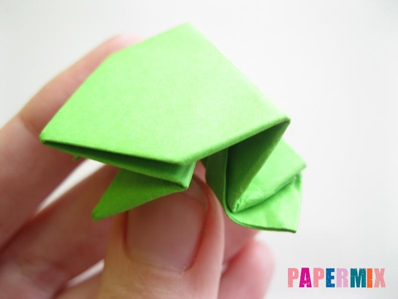 Как сделать прыгающую лягушку из бумаги своими руками - шаг 18