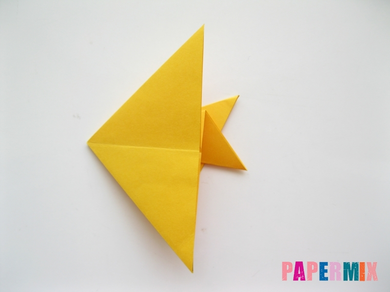 Как сделать рыбку из бумаги поэтапно - шаг 12