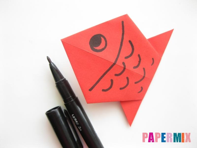 Как сделать рыбу из бумаги (оригами) инструкция - шаг 10