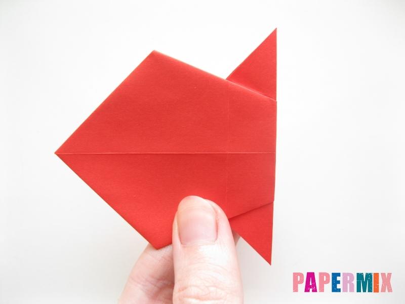 Как сделать рыбу из бумаги (оригами) инструкция - шаг 9