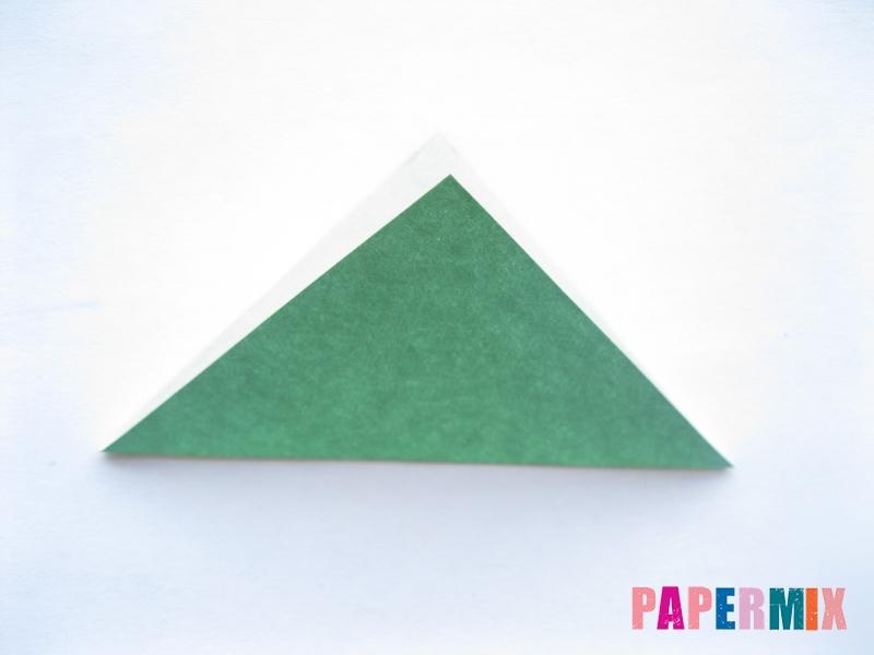 Как сделать баклажан из бумаги (оригами) своими руками - шаг 1