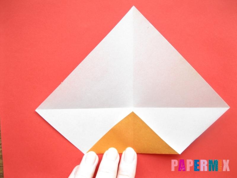 Как сделать круассан из бумаги (оригами) своими руками - шаг 2