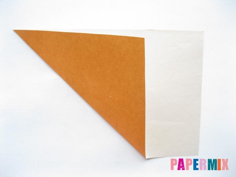 Как сделать морковку из бумаги (оригами) своими руками - шаг 1
