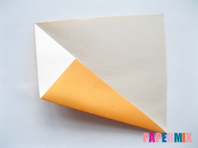 Как сделать морковку из бумаги (оригами) своими руками - шаг 3