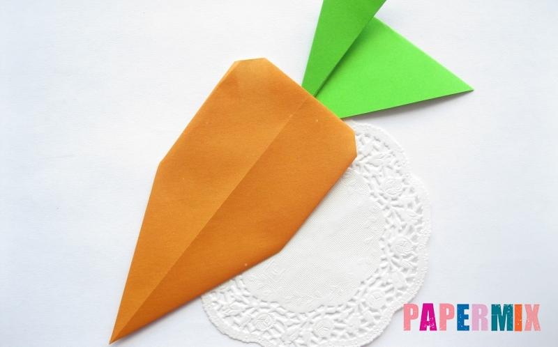 Как сделать морковку из бумаги в технике оригами своими руками