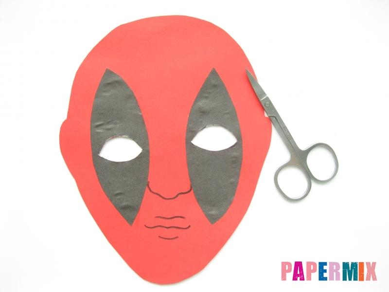 Как сделать маску Дедпула из бумаги своими руками - шаг 6