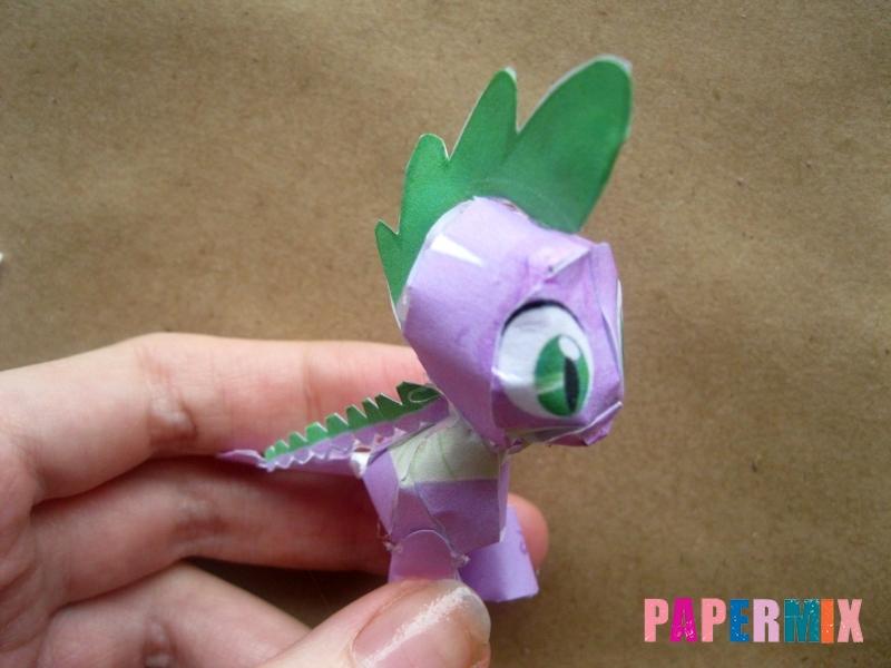 Как сделать дракончика Спайка из бумаги по шаблону своими руками - шаг 10
