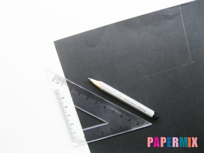 Как сделать Микки-Мауса из бумаги своими руками - шаг 1