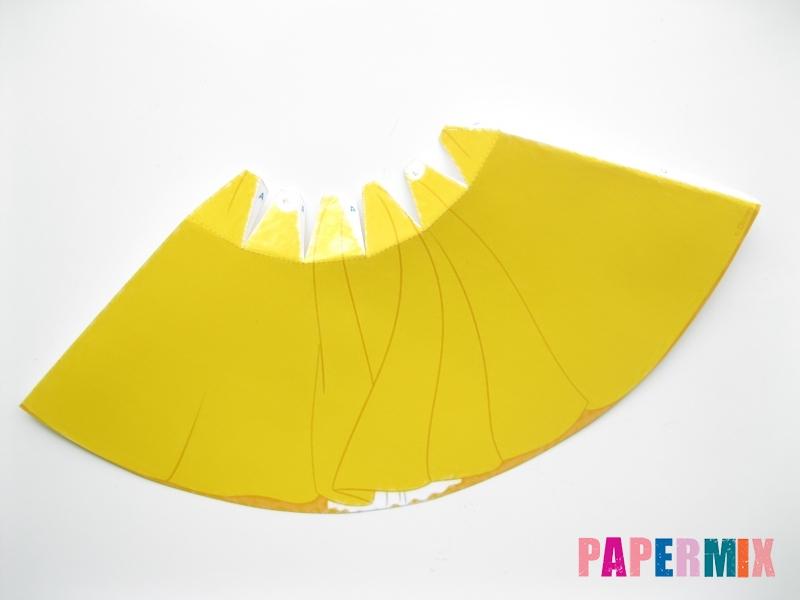 Как сделать объемную Белоснежку из бумаги поэтапно - шаг 3
