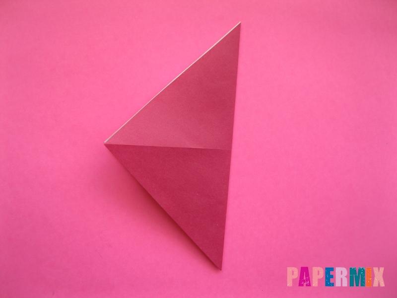 Как сделать Деда Мороза из бумаги (оригами) своими руками - шаг 1