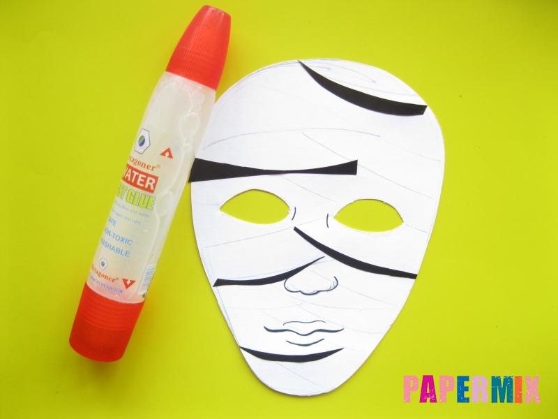 Как сделать маску мумии из бумаги на хэллоуин своими руками - шаг 7