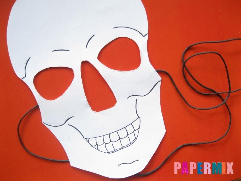 Как сделать маску скелета на хэллоуин из бумаги своими руками - шаг 10