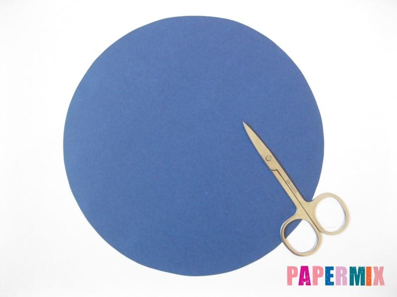 Как сделать снежинку из круглой бумаги своими руками - шаг 3