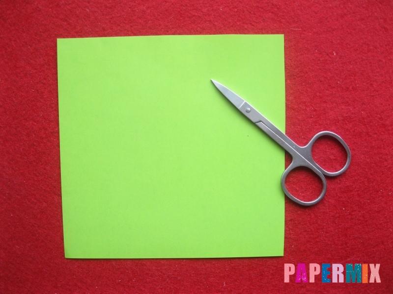 Конверт в виде Снегурочки из бумаги своими руками - шаг 1