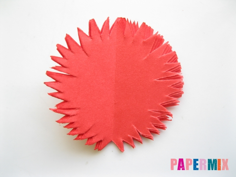 Как сделать гвоздику из цветной бумаги поэтапно - шаг 6