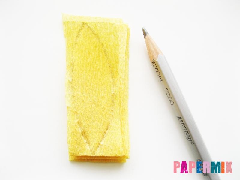 Как сделать игольчатые георгины из гофрированной бумаги - шаг 1