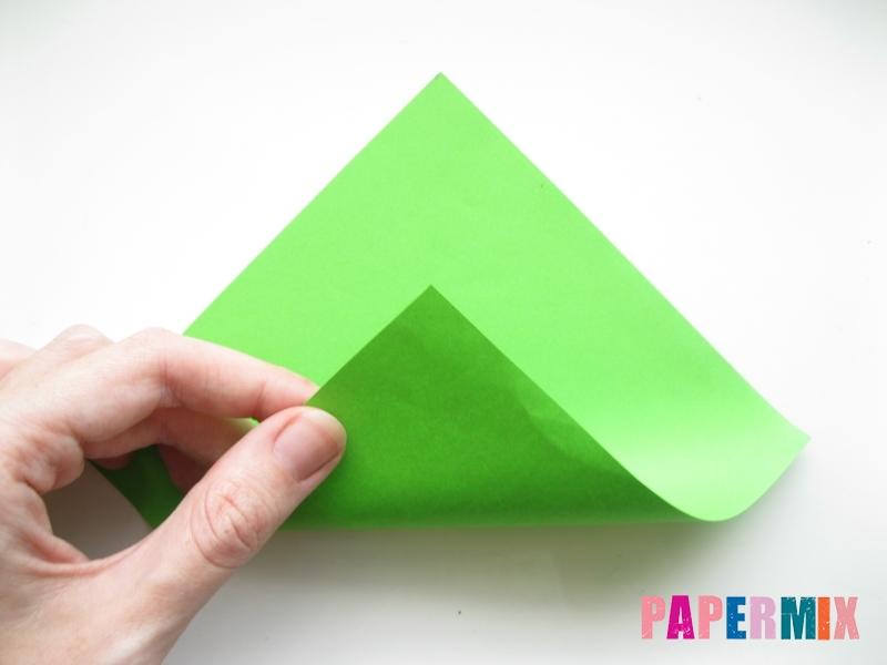Как сделать листья из бумаги своими руками - шаг 1