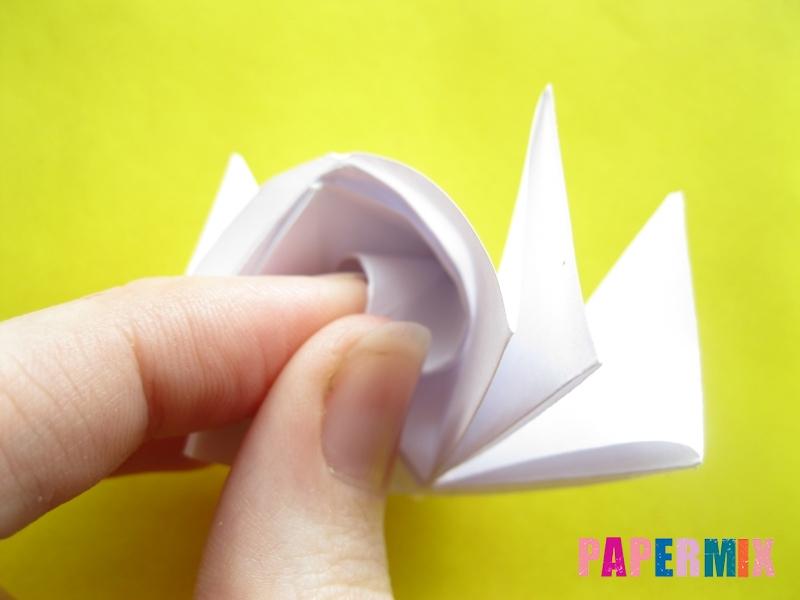Как сделать розу из бумаги (оригами) поэтапно - шаг 18