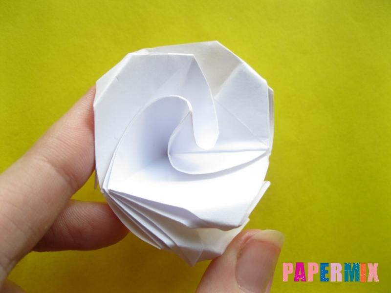 Как сделать розу из бумаги (оригами) поэтапно - шаг 19