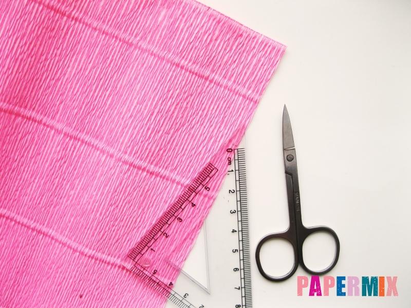 Как сделать розу из гофрированной бумаги поэтапно - шаг 1