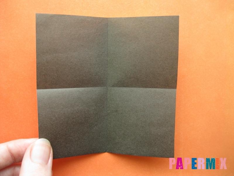 Как сделать цифру 4 из бумаги (оригами) своими руками - шаг 1