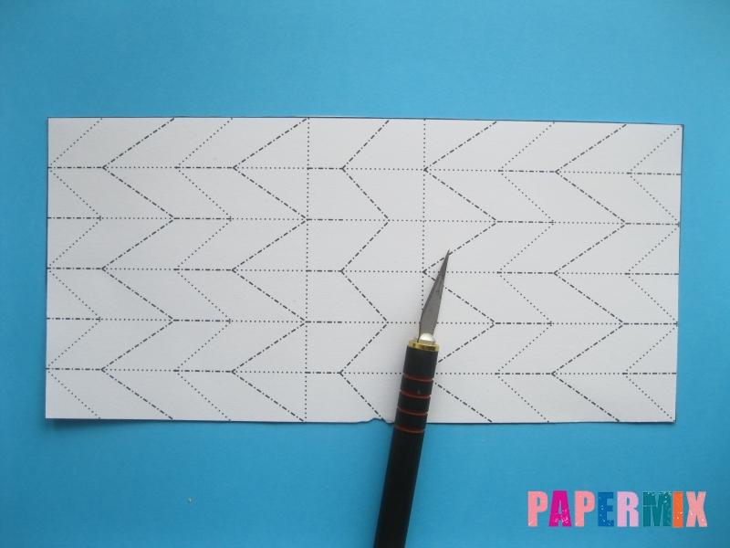 Как сделать галстук бабочку из бумаги своими руками - шаг 2