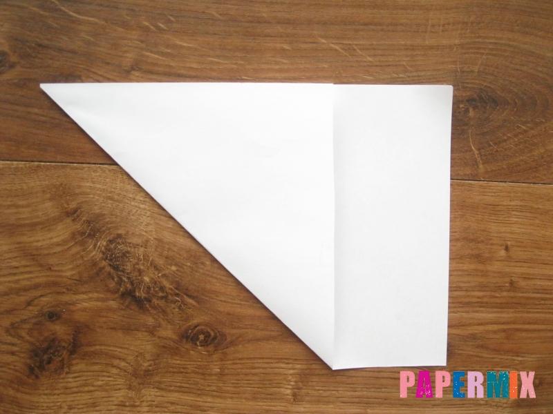 Как сделать кепку с козырьком из бумаги своими руками - шаг 1