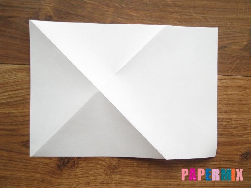 Как сделать кепку с козырьком из бумаги своими руками - шаг 5
