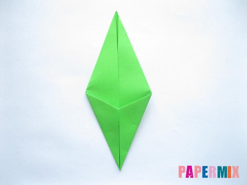 Как сделать ромб из бумаги (оригами) поэтапно - шаг 5