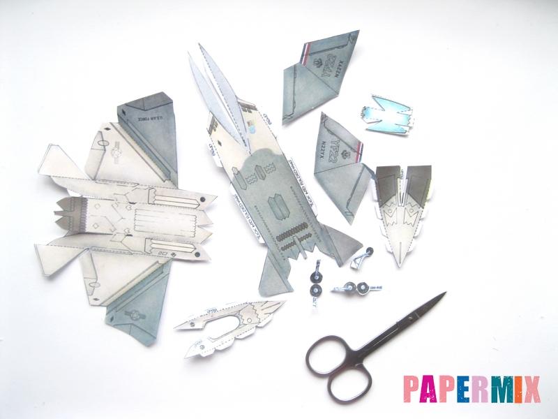 Как сделать самолет F-22 Lightning II из бумаги своими руками - шаг 1