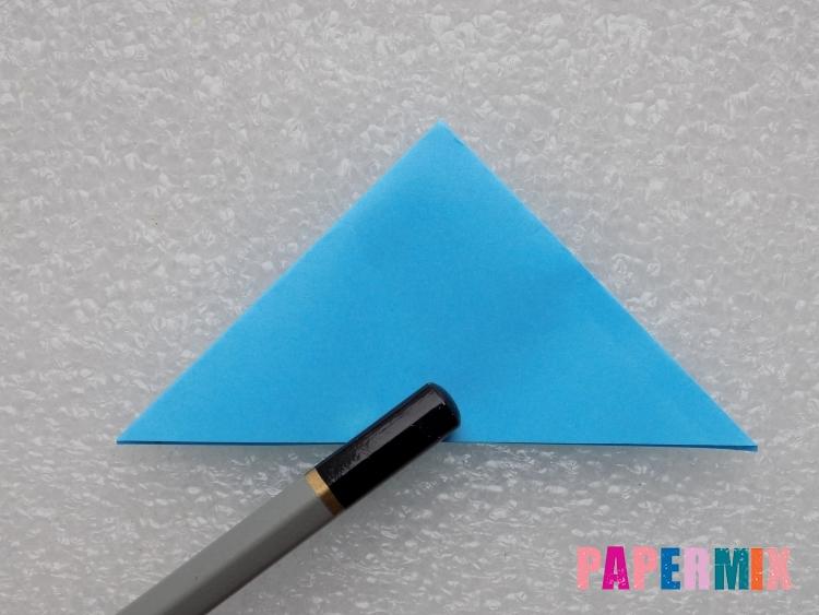 Как сделать ракету из бумаги поэтапно - шаг 5