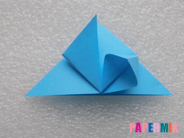 Как сделать ракету из бумаги поэтапно - шаг 8