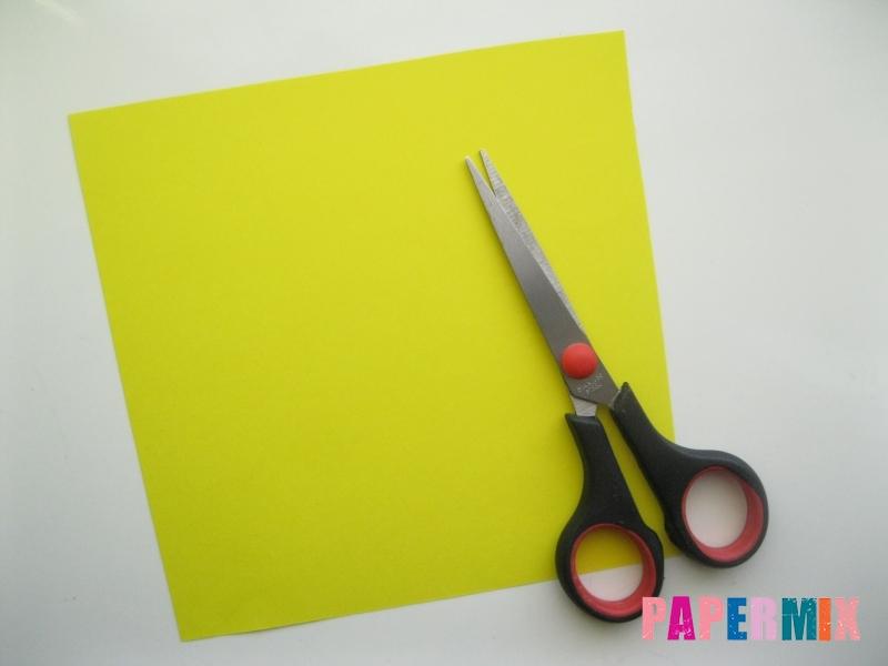 Как сделать закладку для книг в виде миньона из бумаги - шаг 1
