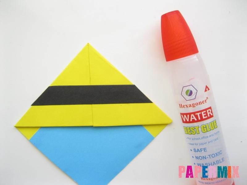Как сделать закладку для книг в виде миньона из бумаги - шаг 12