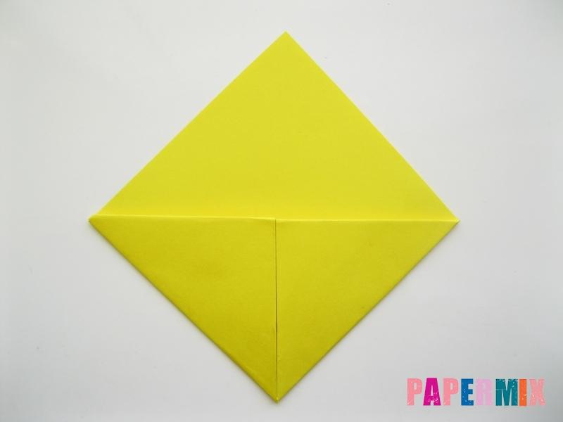 Как сделать закладку для книг в виде миньона из бумаги - шаг 8
