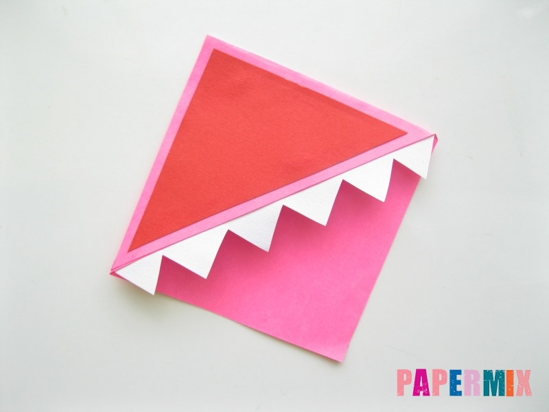 Как сделать закладку в форме зубастого монстра из бумаги - шаг 8