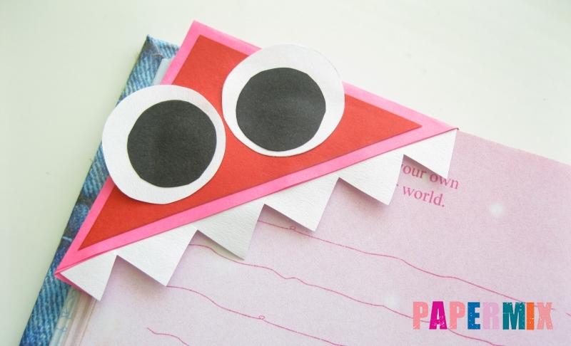 Как сделать закладку в форме мордочки зубастого монстра из бумаги своими руками