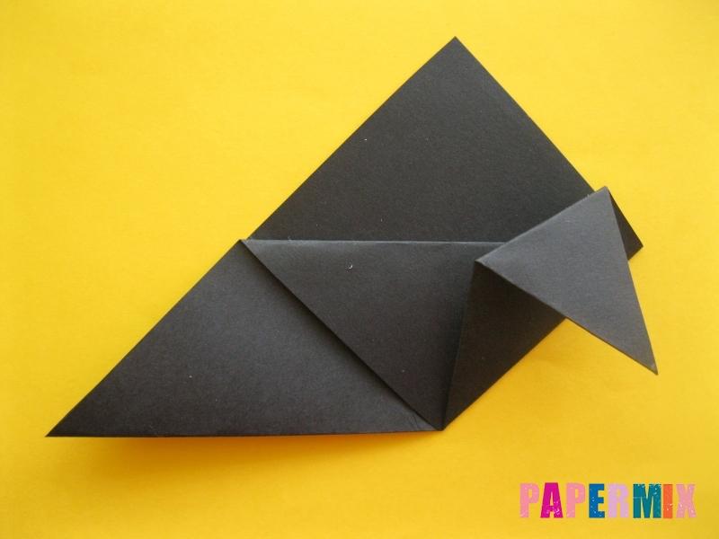 Как сделать закладку в виде енота из бумаги поэтапно - шаг 8