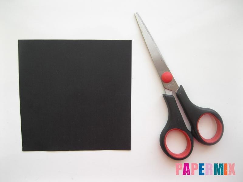 Как сделать закладку в виде пингвина из бумаги поэтапно - шаг 1